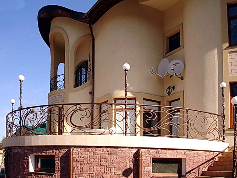 Кованые балконные ограждения N 4070