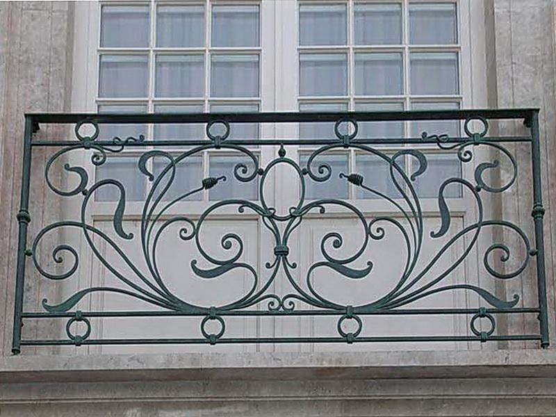 Кованые балконные ограждения N 4071