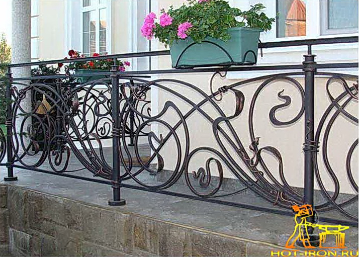 Кованые балконные ограждения N 4073