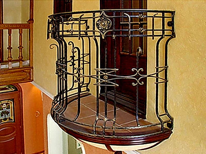 Кованые балконные ограждения N 4075