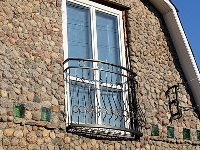 Кованые балконные ограждения N 4077