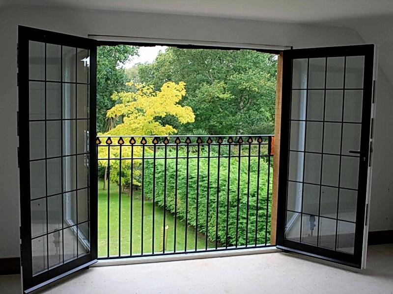 Кованые балконные ограждения N 4078