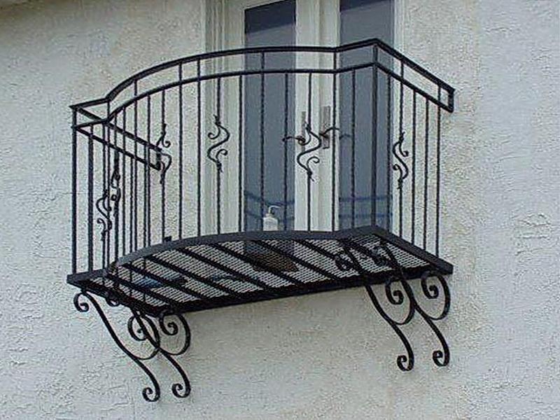 Кованые балконные ограждения N 4080