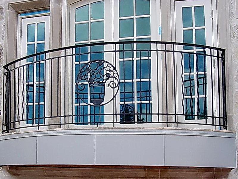 Кованые балконные ограждения N 4084