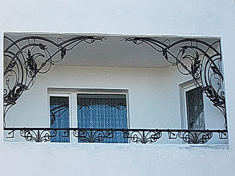 Кованые балконные ограждения N 4092
