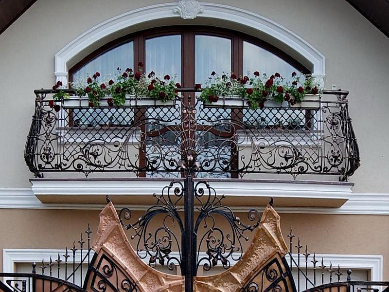 Кованые балконные ограждения N 4095