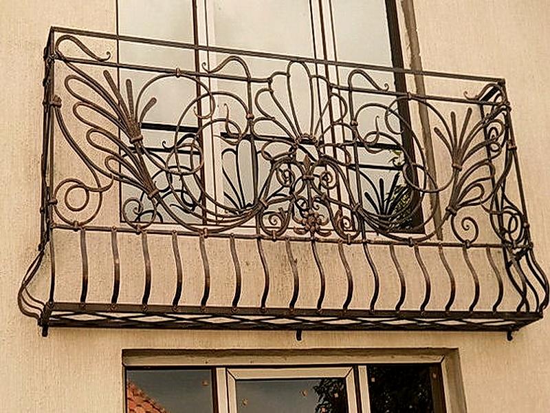 Кованые балконные ограждения N 4099