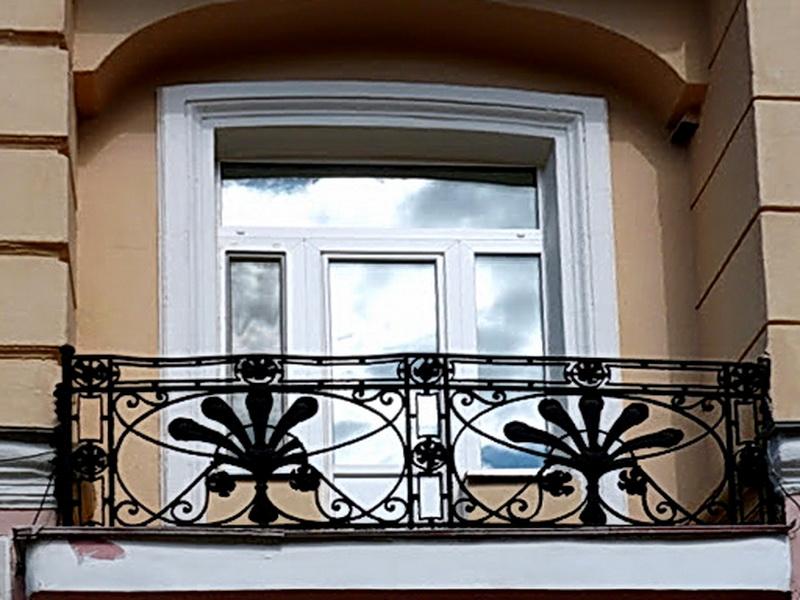 Кованые балконные ограждения N 4102