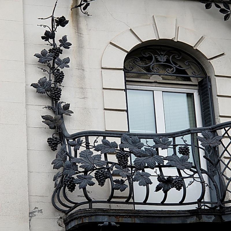 Кованые балконные ограждения N 4107