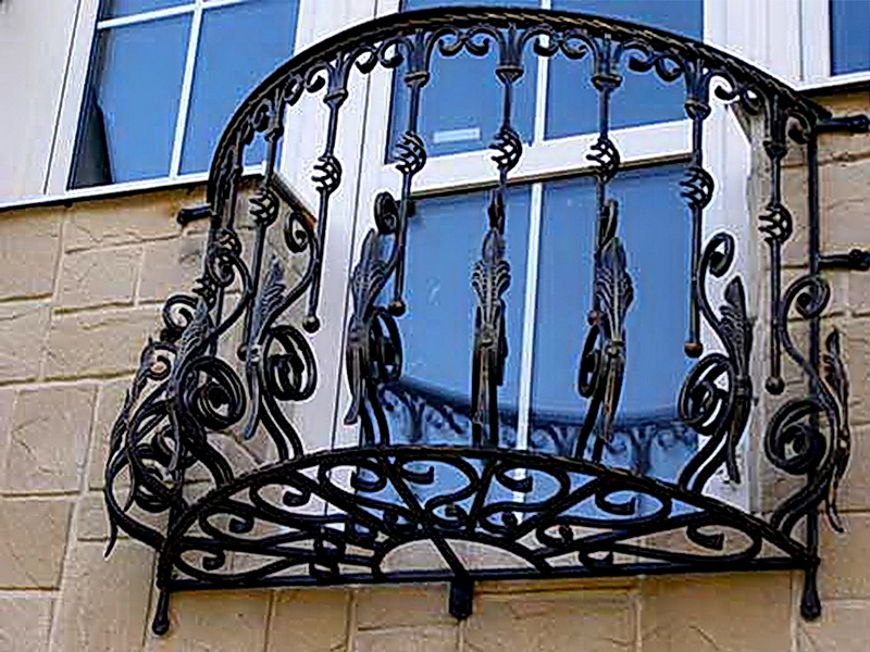 Кованые балконные ограждения N 4111