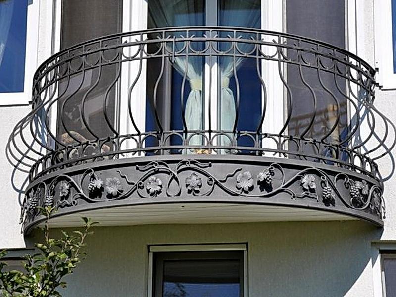 Кованые балконные ограждения N 4116