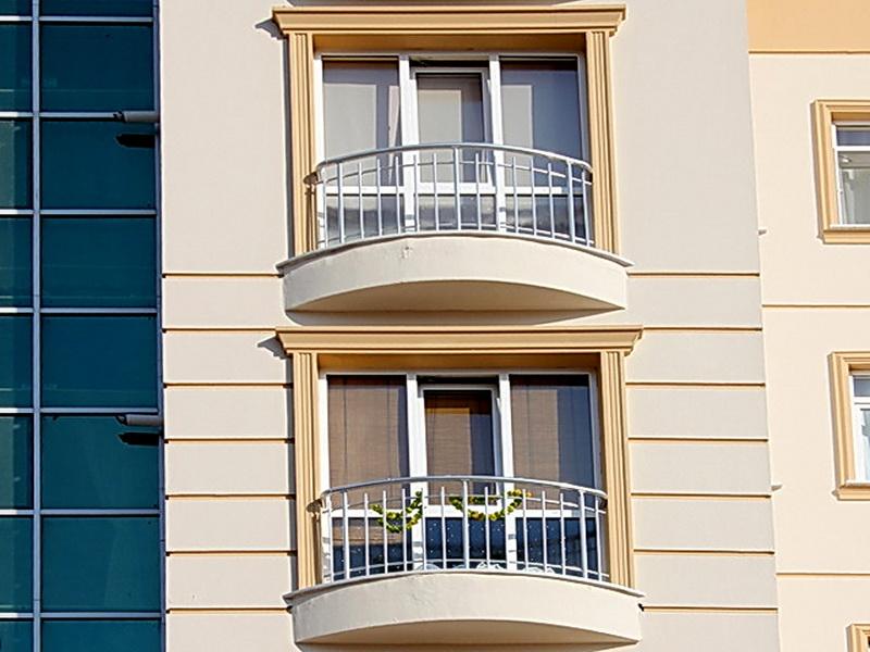 Кованые балконные ограждения N 4117