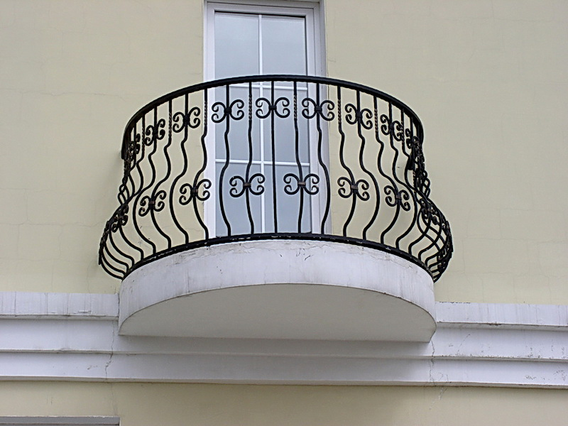 Кованые балконные ограждения N 4128