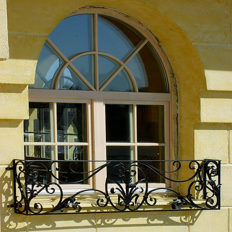Кованые балконные ограждения N 4135