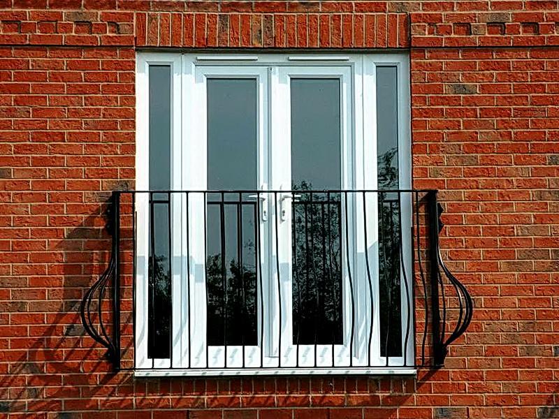 Кованые балконные ограждения N 4137