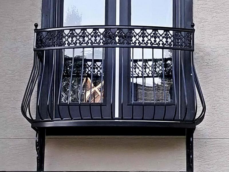 Кованые балконные ограждения N 4139