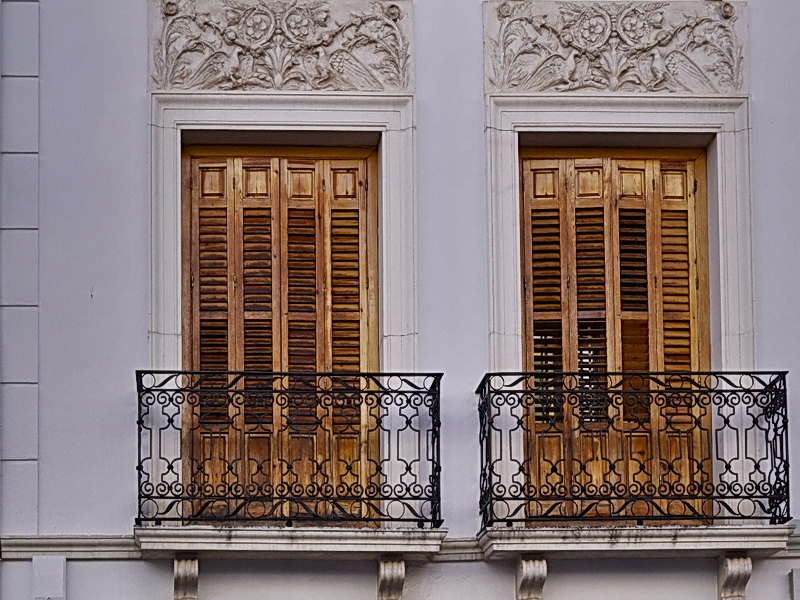 Кованые балконные ограждения N 4142