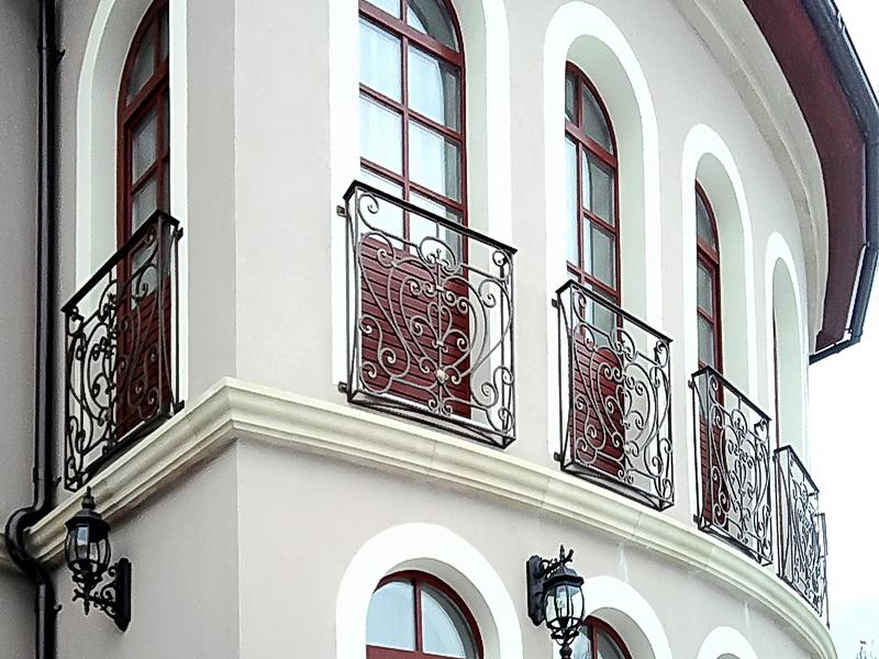 Кованые балконные ограждения N 4153