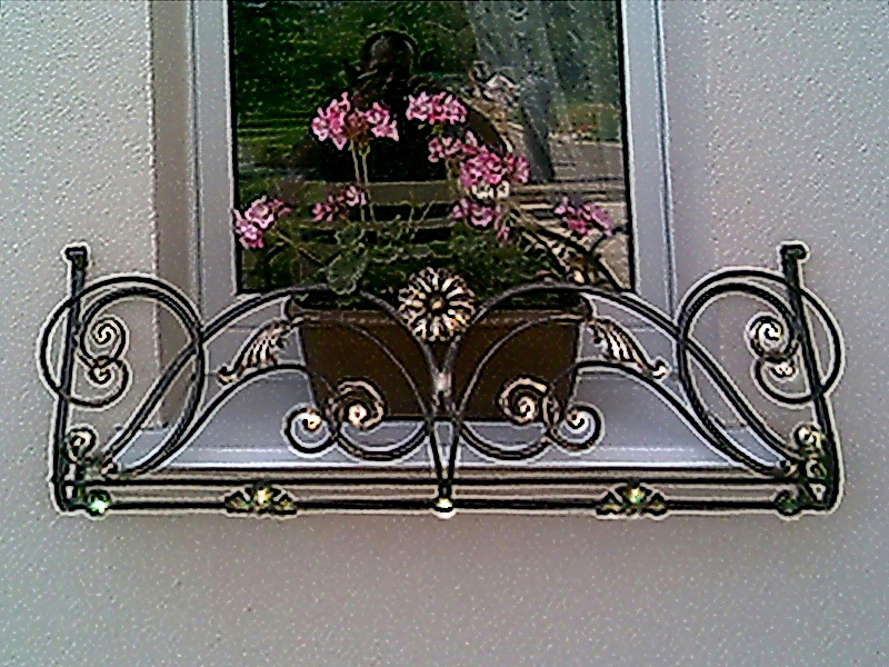 Кованые цветочницы N 12038