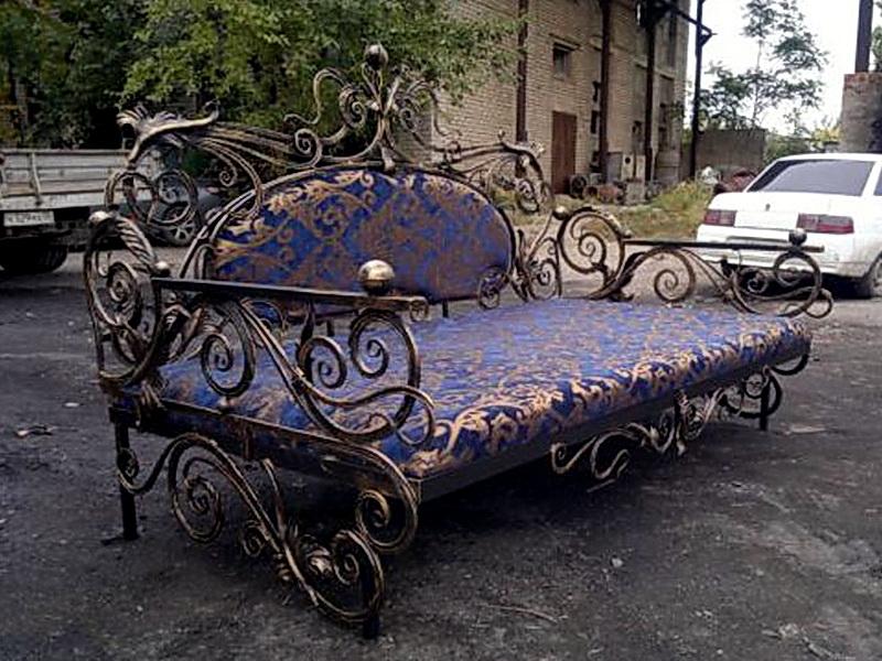 Кованый диван N 15007