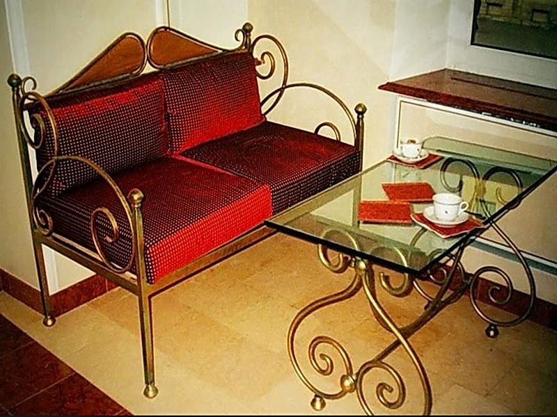Кованый диван N 15010