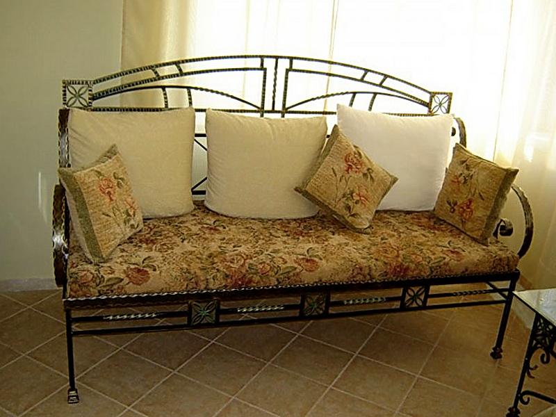 Кованый диван N 15040