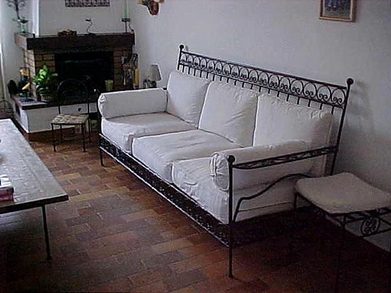 Кованый диван N 15045
