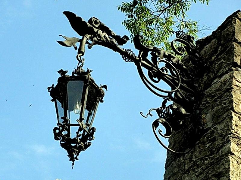 Кованый фонарь N 10015