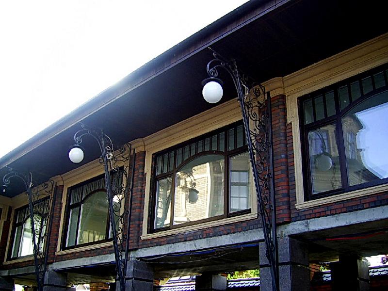 Кованый фонарь N 10021