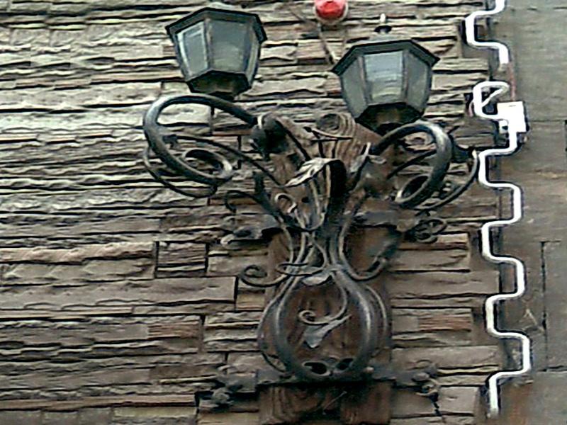 Кованый фонарь N 10032
