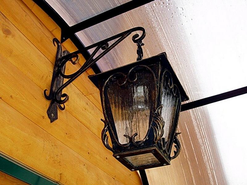 Кованый фонарь N 10037