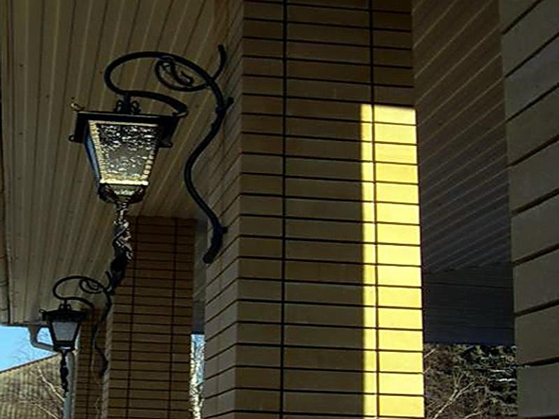 Кованый фонарь N 10051