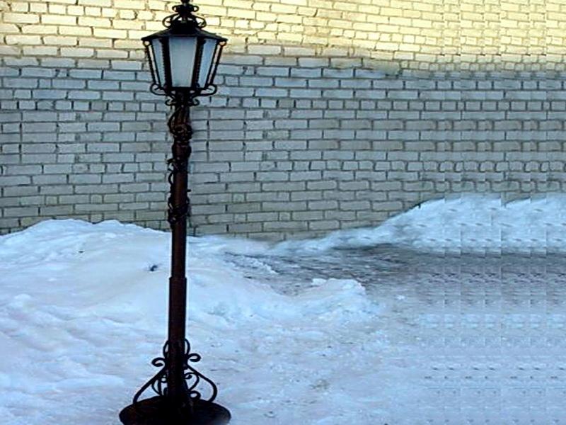 Кованый фонарь N 10070