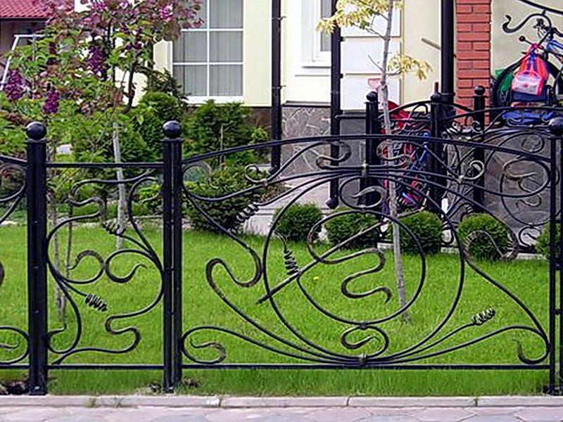 Кованые газонные ограждения N 4-4501