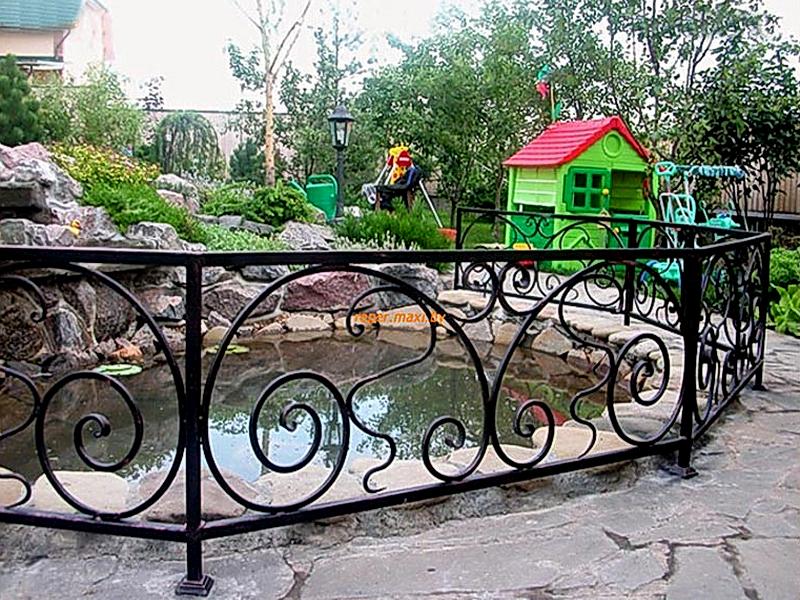 Кованые газонные ограждения N 4-4502