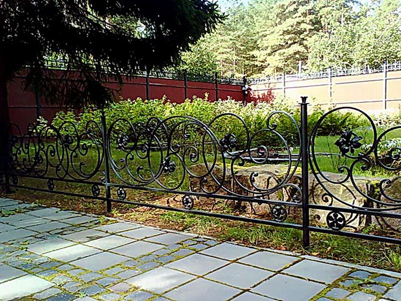 Кованые газонные ограждения N 4-4507