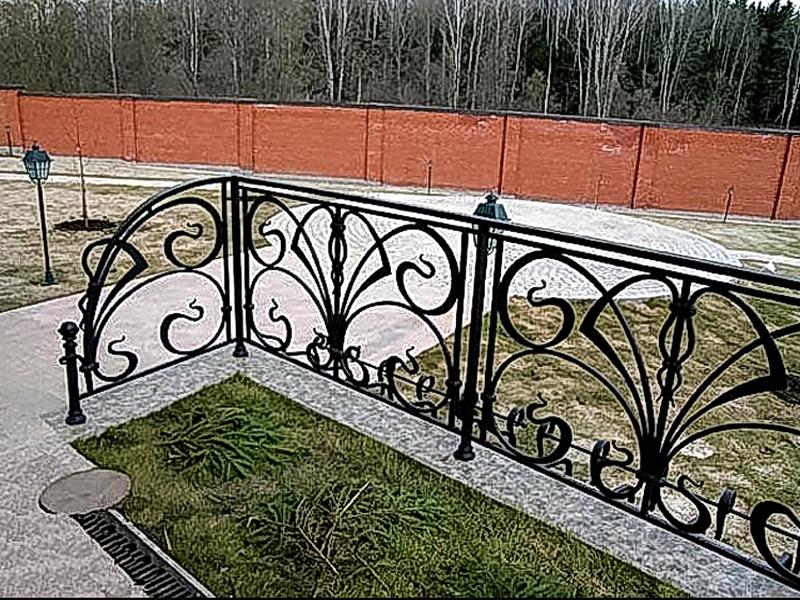 Кованые газонные ограждения N 4-4509