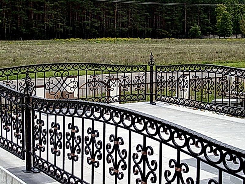 Кованые газонные ограждения N 4-4519