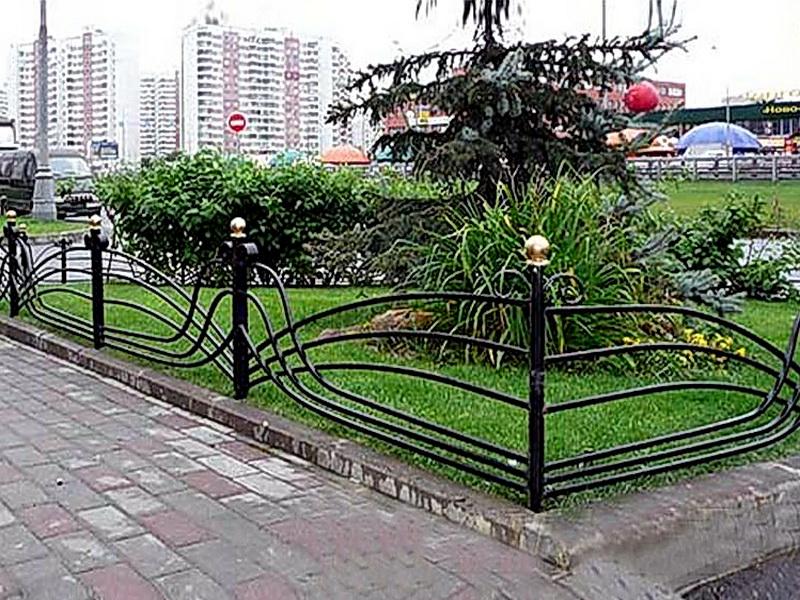 Кованые газонные ограждения N 4-4521