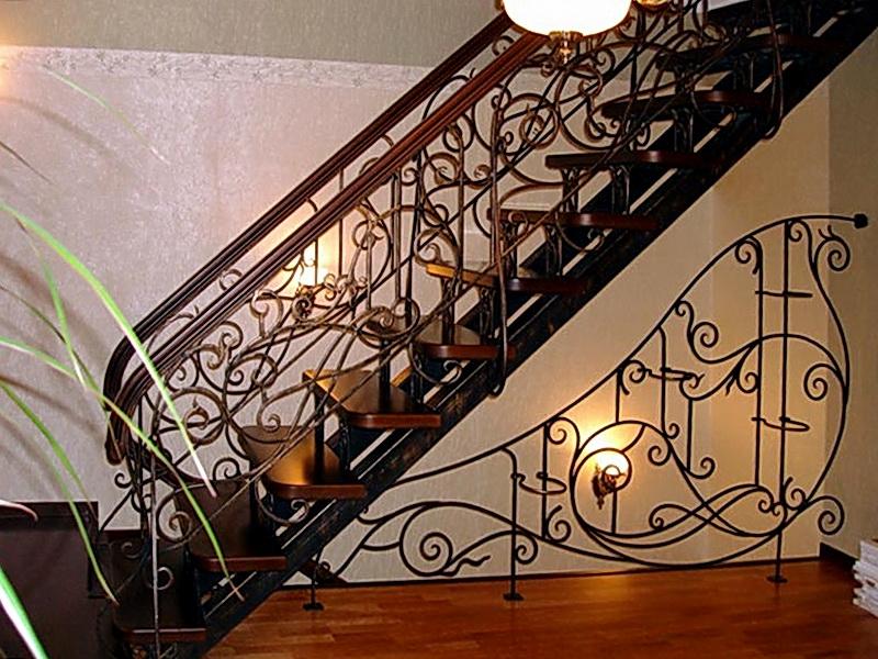 Кованая каркасная лестница N 3-4001