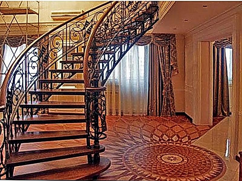 Кованая каркасная лестница N 3-4020