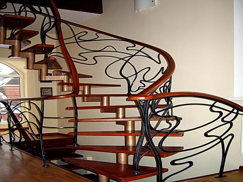 Кованая каркасная лестница N 3-4024