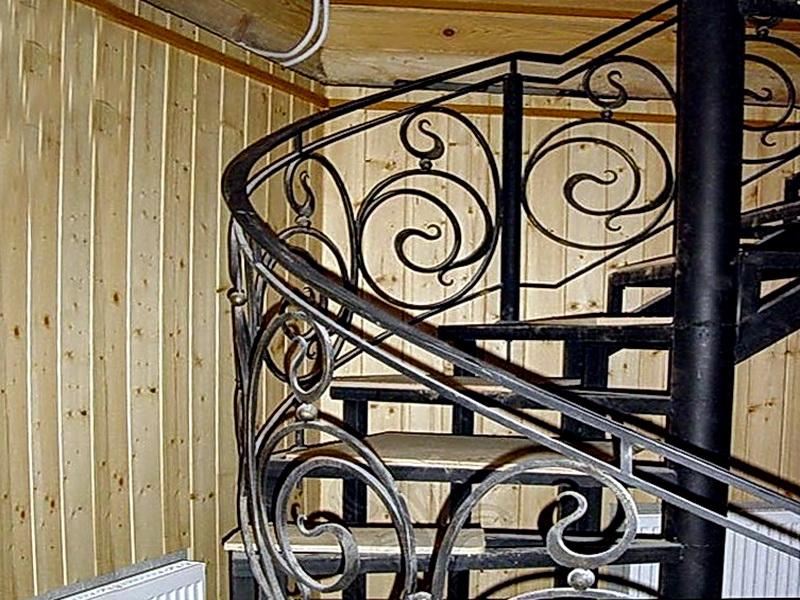 Кованая каркасная лестница N 3-4028