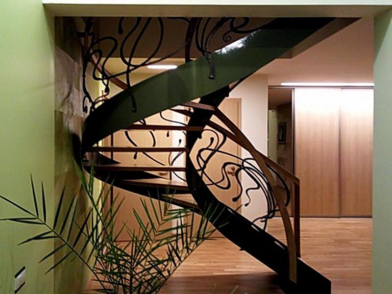 Кованая каркасная лестница N 3-4038