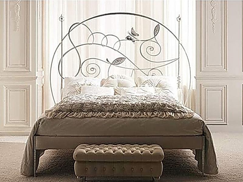 Кованая кровать N 10602