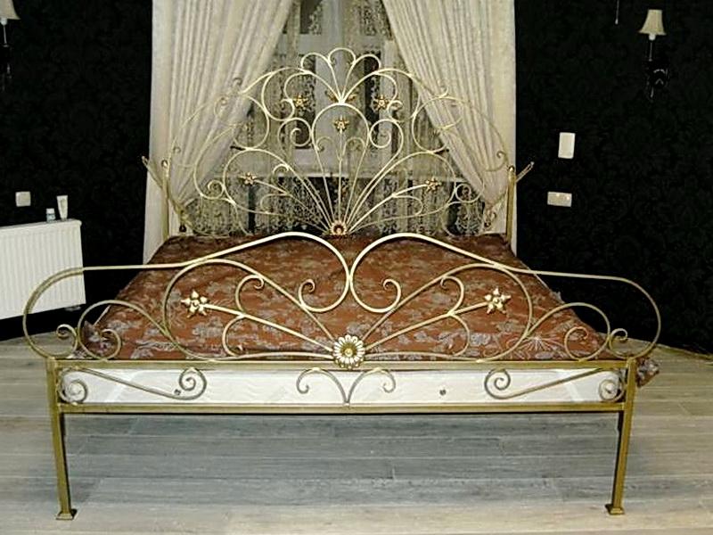 Кованая кровать N 10603