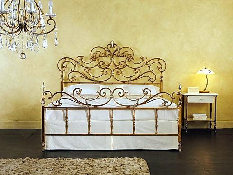Кованая кровать N 10604
