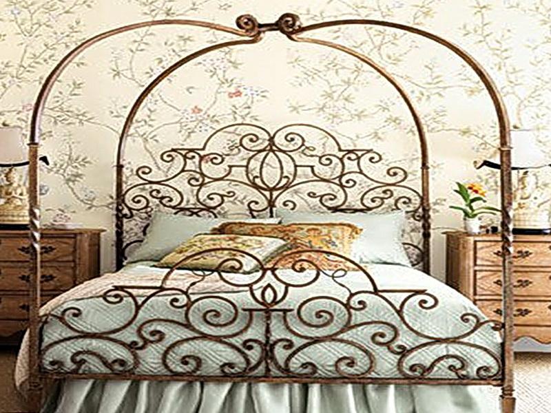 Кованая кровать N 10607