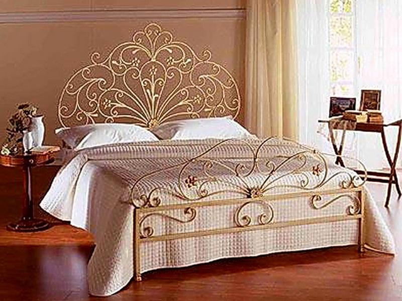 Кованая кровать N 10609
