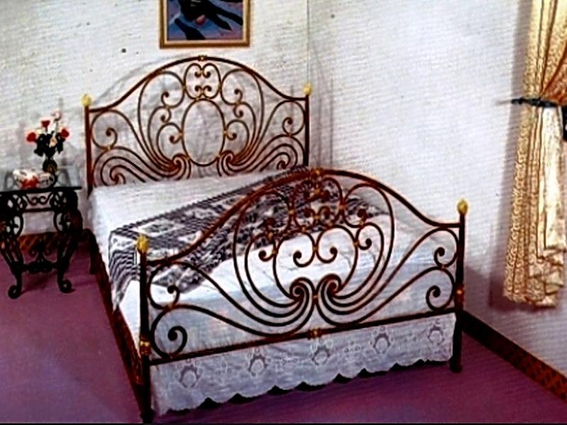 Кованая кровать N 10611